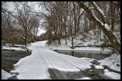 UNITED STATES - Nov. 15, 2018: The seasons first winter weather blanketed Beaverdam Bridge in snow near the Village of Philomont. (Photo By Douglas Graham/WLP)